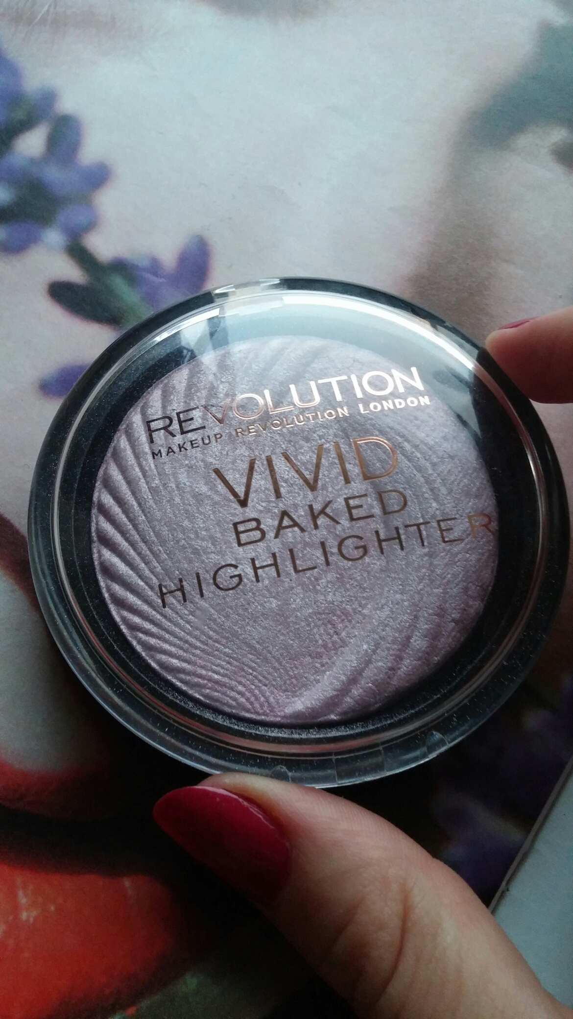makeup revolution vivid bake highlighter