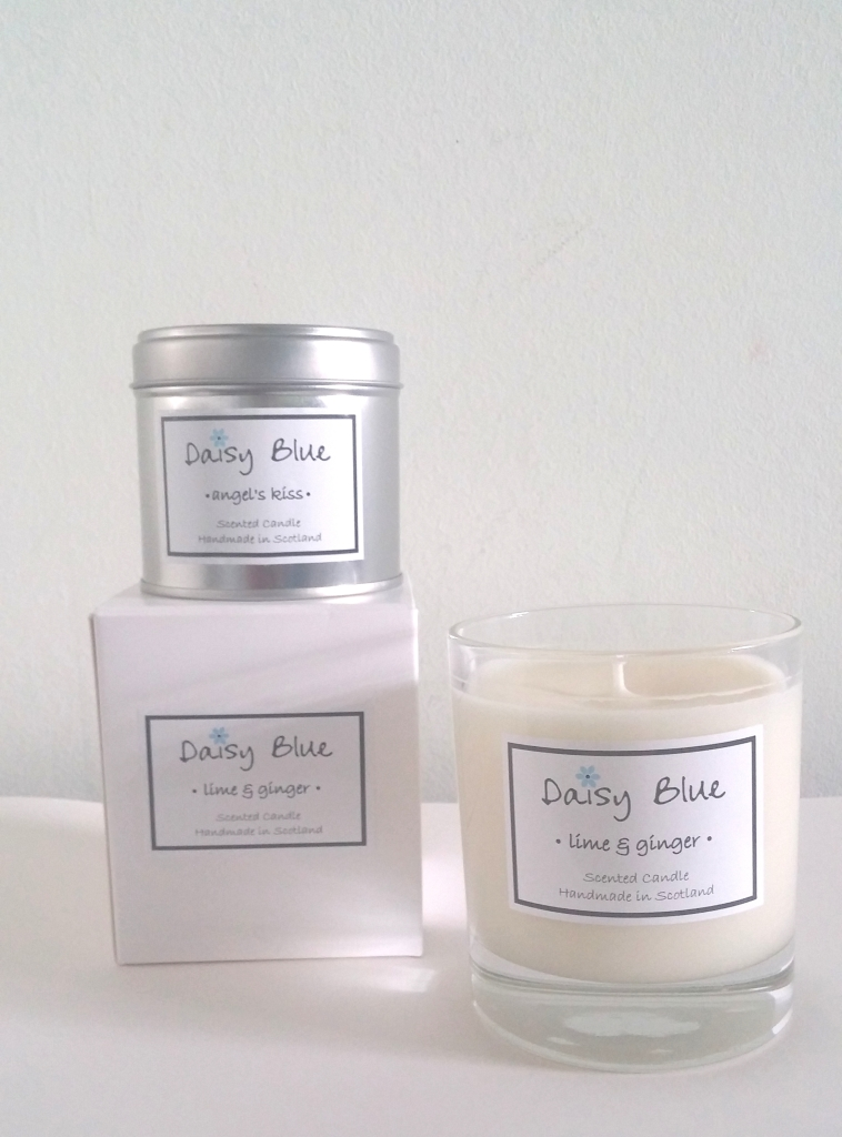 Daisy Blue Candles Review