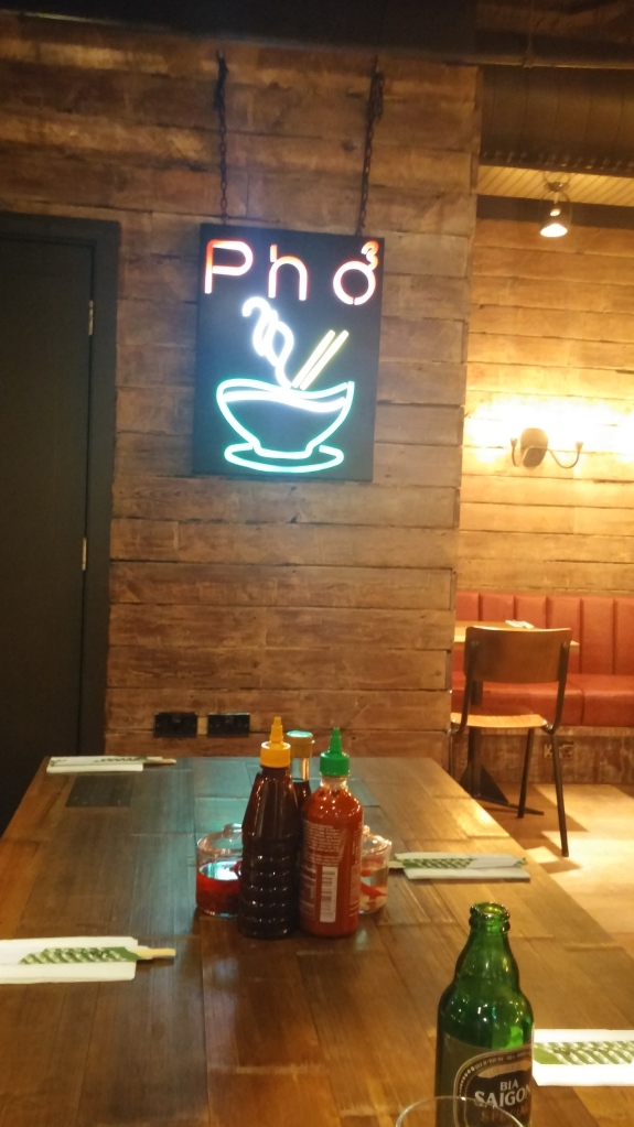 "neon sign ""Pho"""