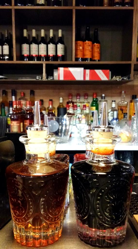 Lunya deli bar